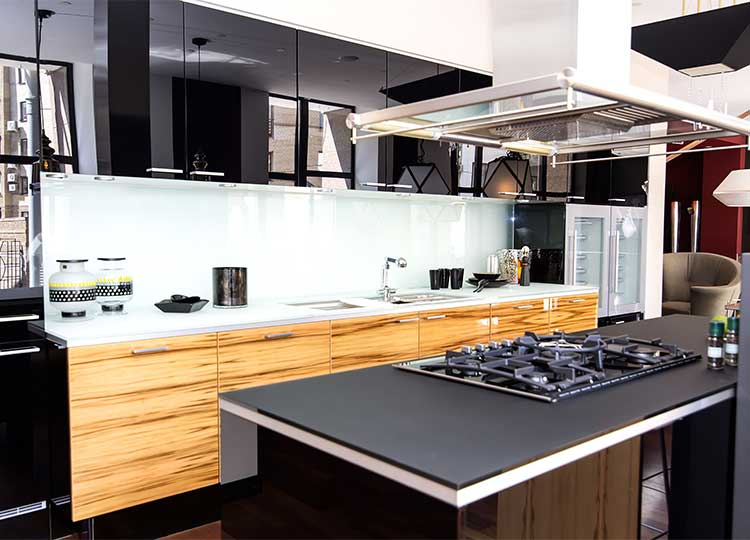 A freshly-cleaned modern kitchen