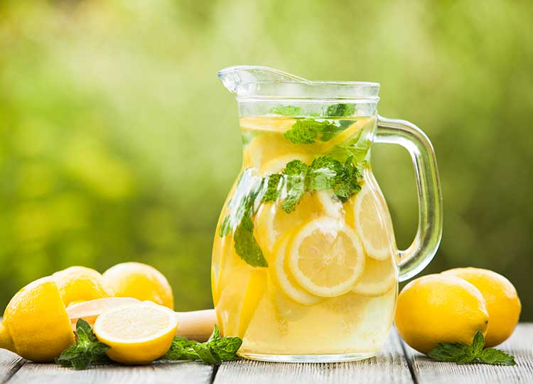 Old Fashioned Lemonade recipe image