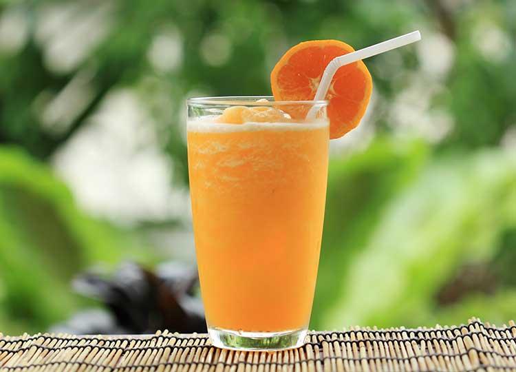 Orange Parsley Smoothie recipe image
