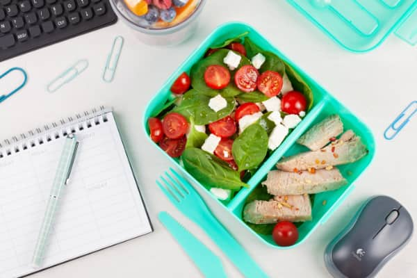 healthy salad with chicken as part of a meal plan
